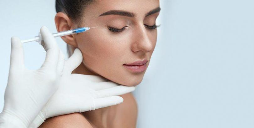 Distinction in between dermal fillers and Botox