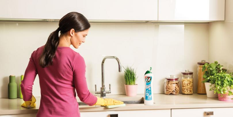 Few Advantages of Hiring a Professional Cleaning Services Adelaide