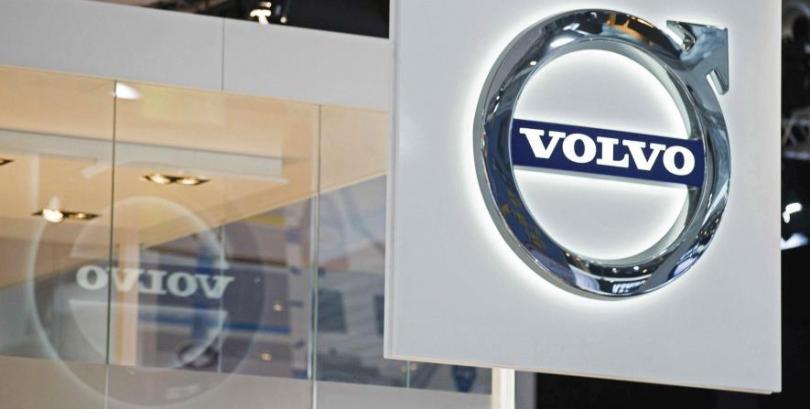 Volvo le venderá autos autónomos a Uber