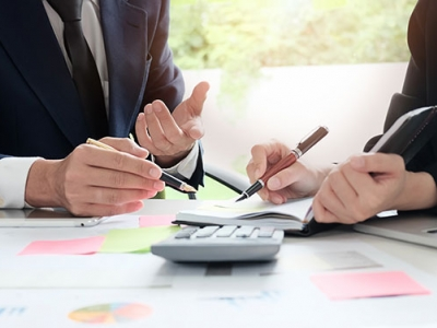 Top tips to locate a financial..
