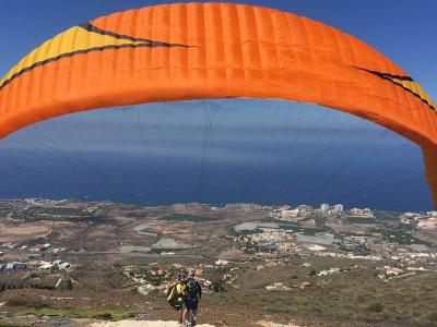 Touch the Sky with Tandem Para..