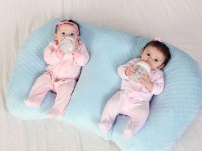 How can you make a twin baby s..