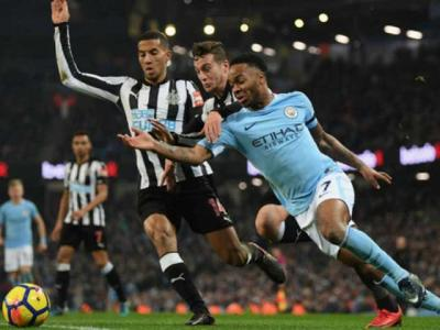 Newcastle - Man City: Storm tr..